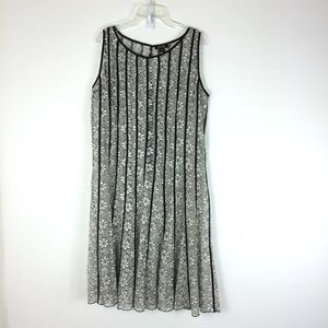 SLNY | Black and White Lace Over Dress